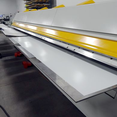 The XXL-Center bends two blanks at a time and doubles the throughput