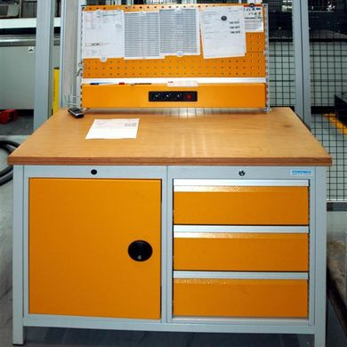 Example of a shop floor drawer cabinet