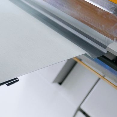 Down bend on an XL-Center folding machine