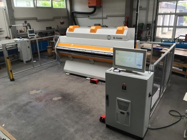 The setup metal folding center ready for production