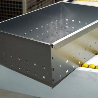 Drawer with interlocking side flanges