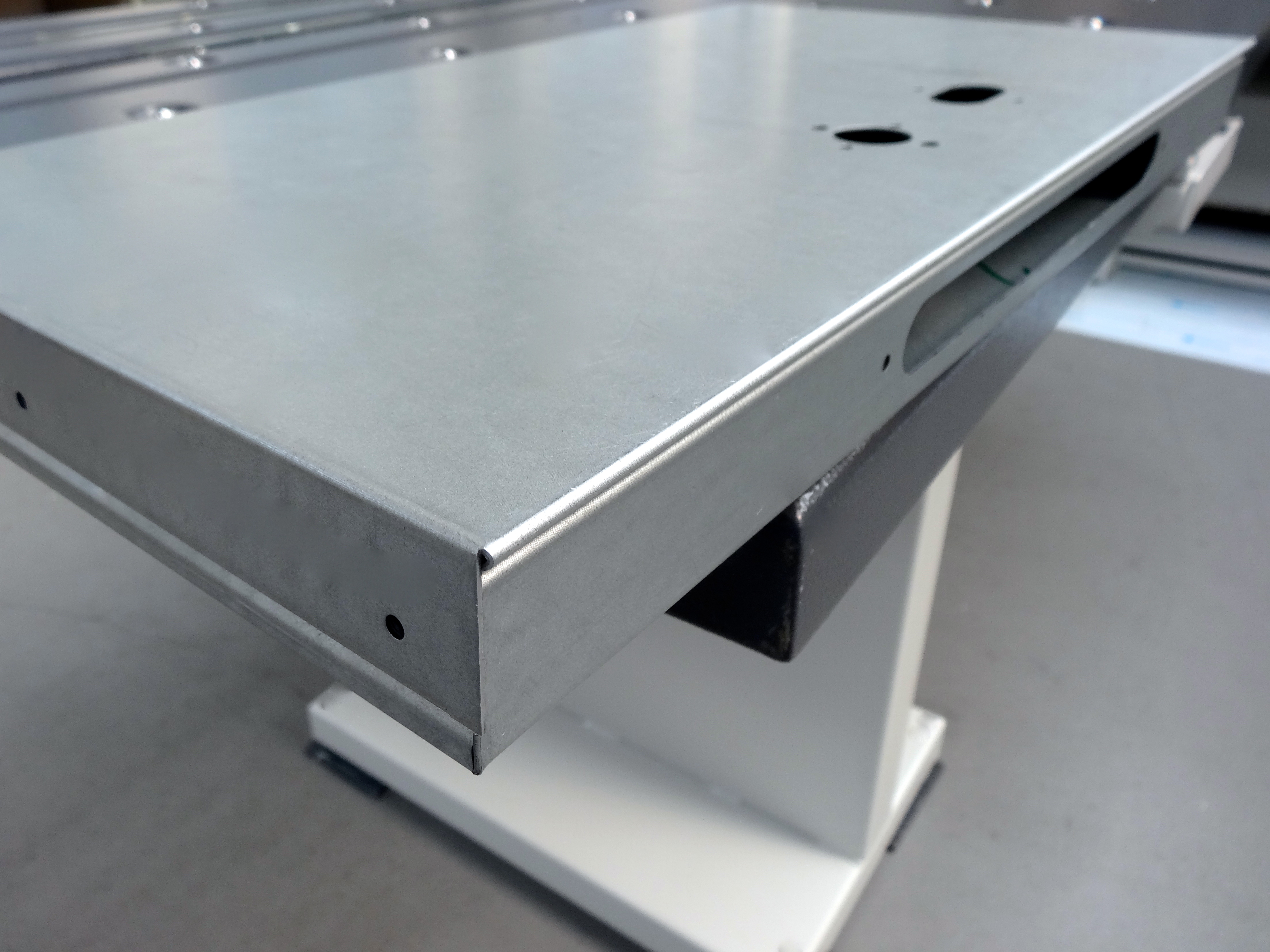 Smaller metal door bent on a RAS UpDownBend folding machine