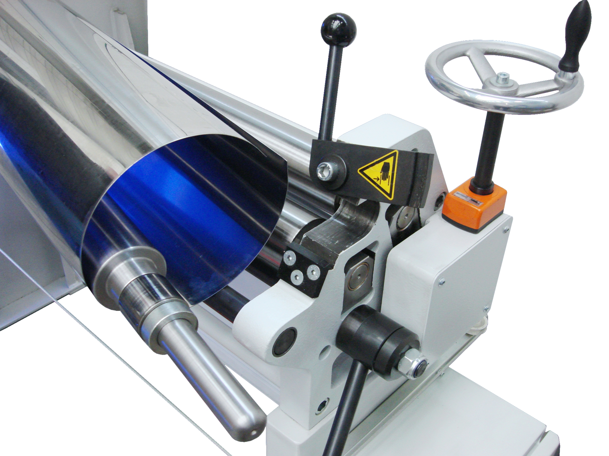 The swivel-out upper roll allows convenient removal of rounded pipes
